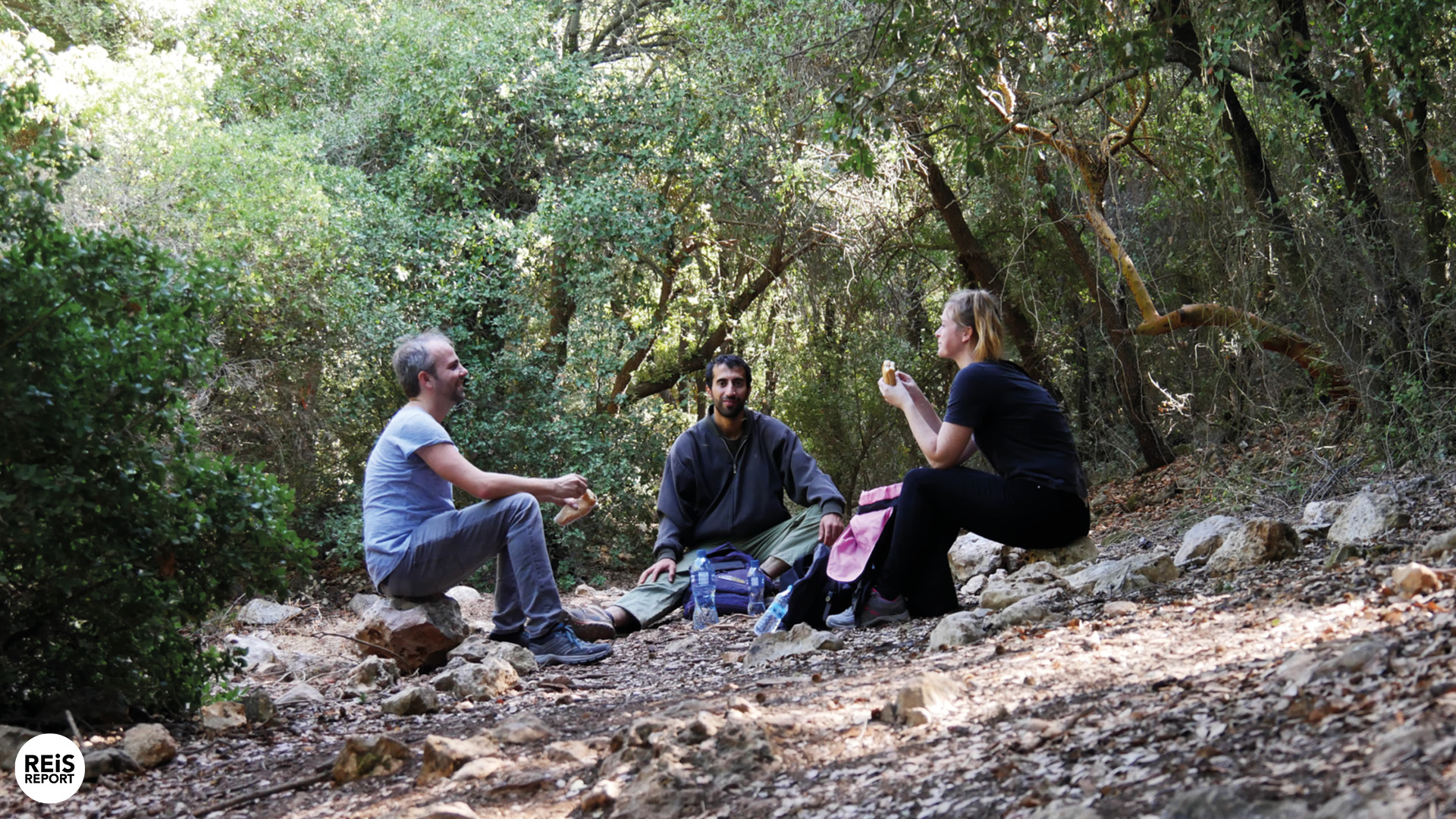 Jordan Trail & Homestay Gids, lunch, dinner, ontbijt cover