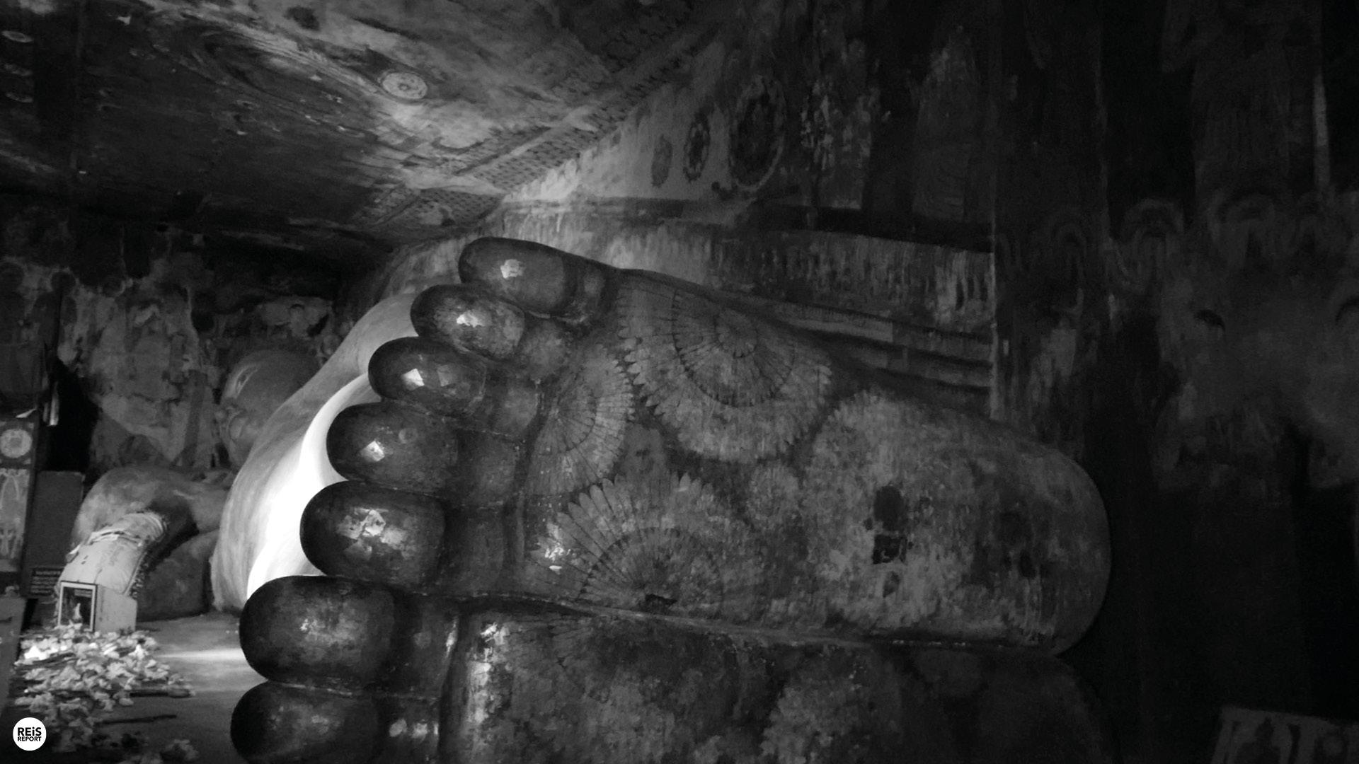 dambulla liggende boeddha