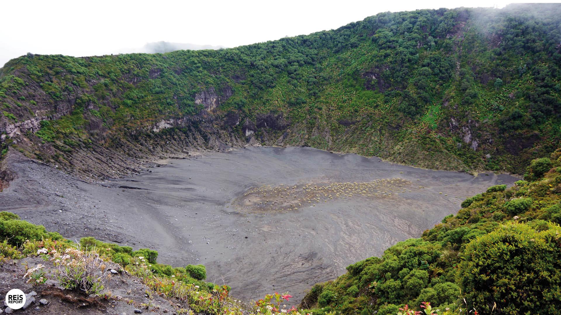 krater irazú