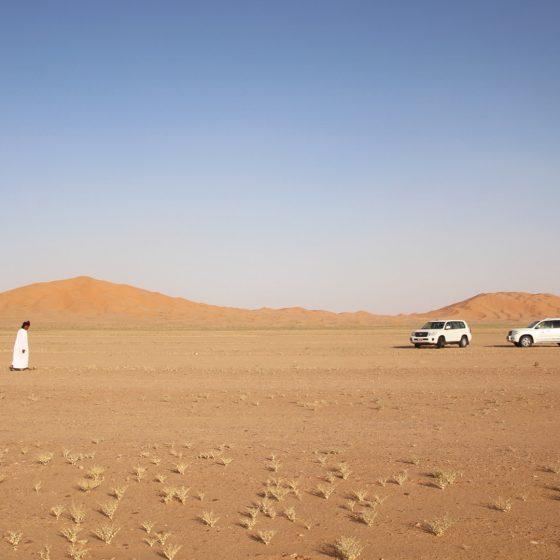 oman kamperen woestijn