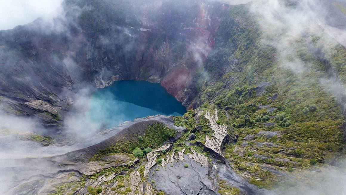 Vulkaan Irazú, nabij de hoofdstad San José, Costa Rica