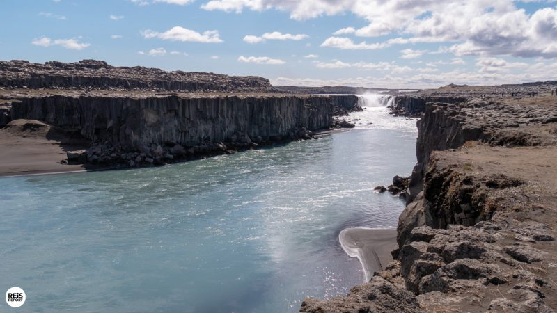 dettifoss watervan ijsland
