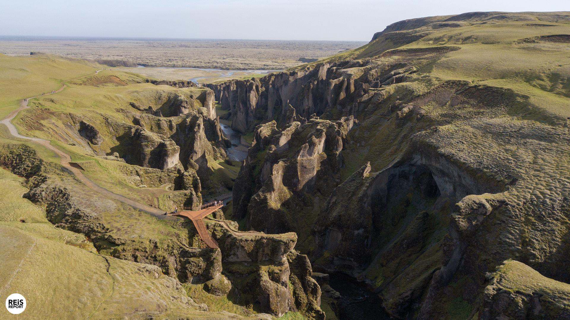 Fjaðrárgljúfur kloof, IJsland