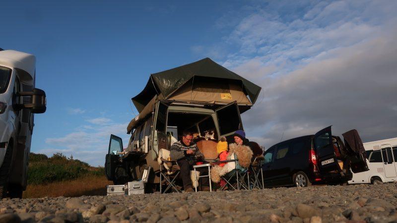 kamperen ijsland eigen auto