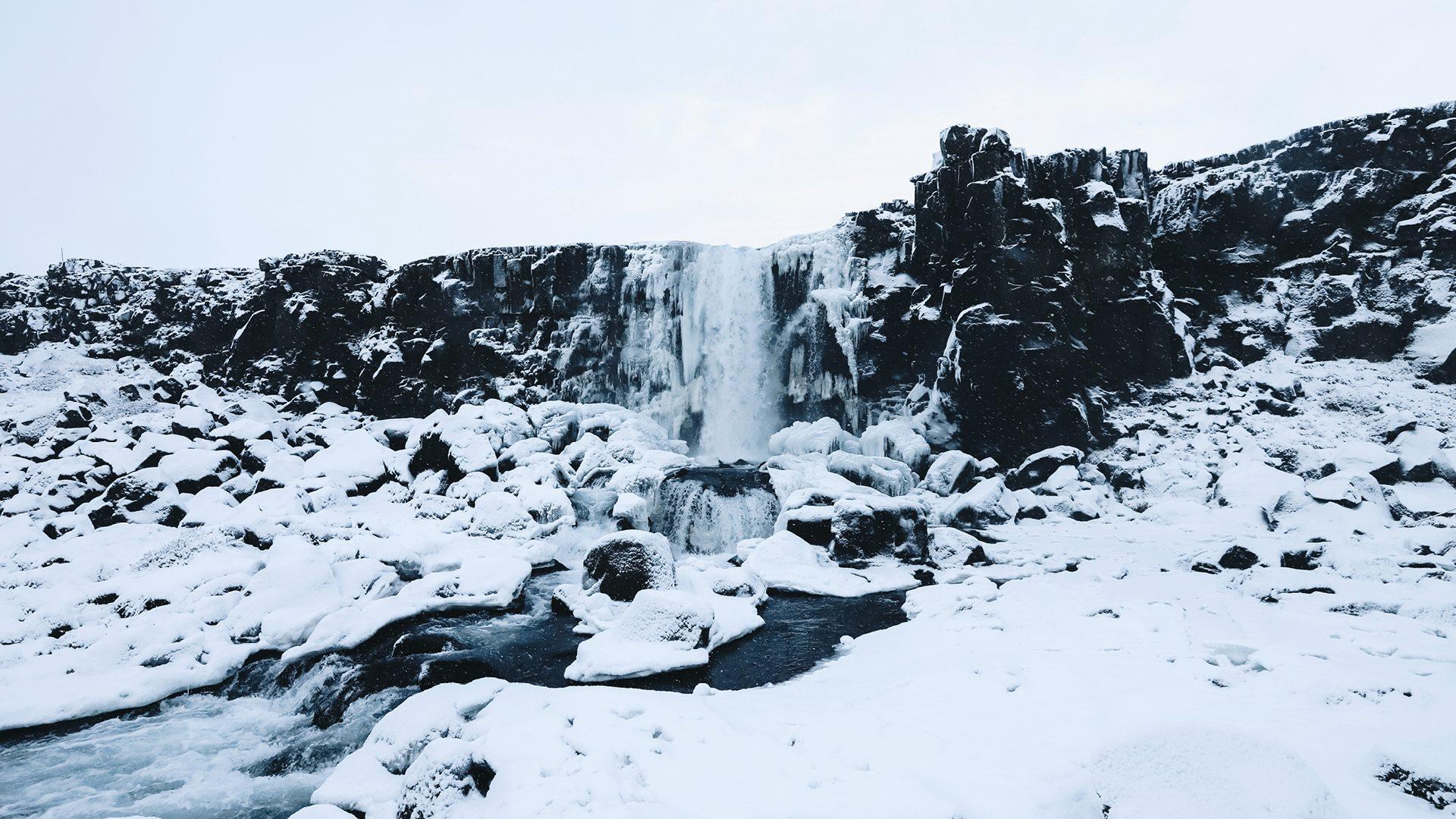 ijsland-in-de-sneeuw