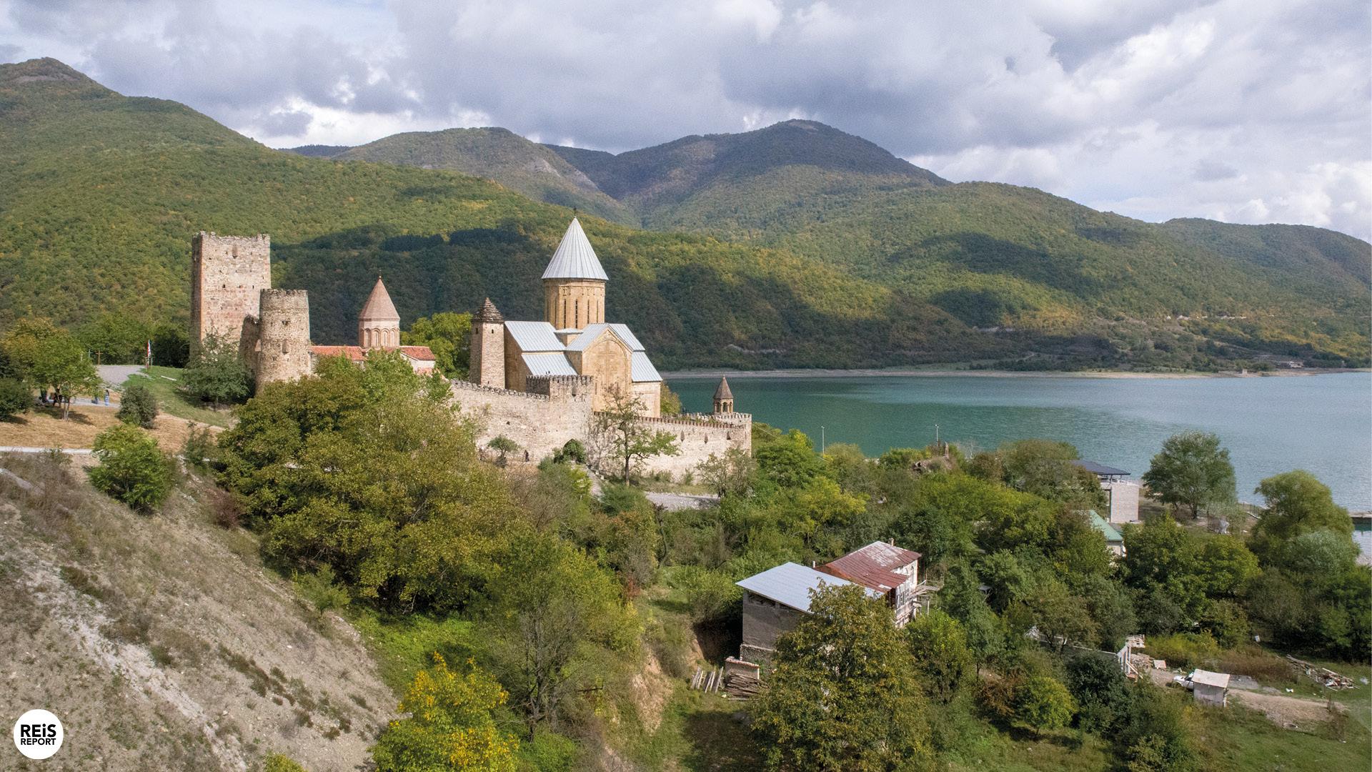 ananuri-kloosters-van-georgie